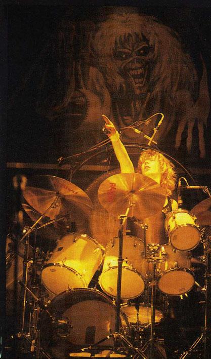 Clive Burr drums1